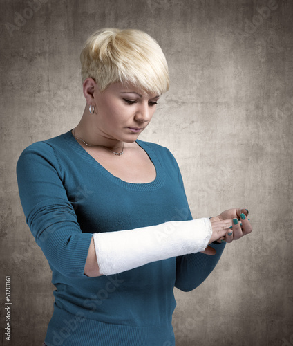 Woman with a broken arm