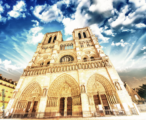 Notre Dame Cathedral - Paris. Wonderful winter sky - 51219950