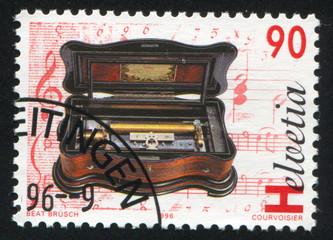 Basso piccolo mandolin cylinder music box by Eduard Jaccard