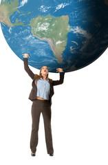 Geschäftsfrau stützt die Welt