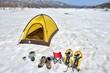 雪原のテントキャンプ C