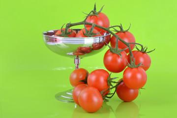 Cascade de tomates cerise bio