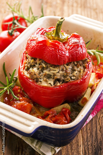 Paprika gefüllt mit Hackfleisch