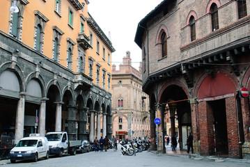via Castiglione da piazza della Mercanzia