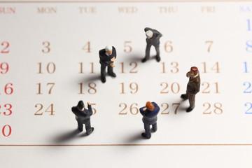 ビジネスマンとカレンダー