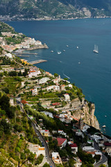 Blick auf die Kueste bei Amalfi