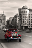 Fototapety Red beautiful vintage cars in Prague