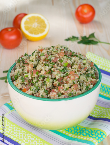Tabouli with quinoa