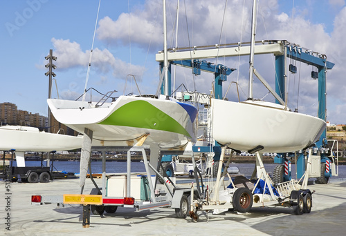 Boat repairs in piere