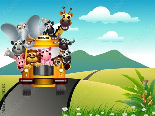 zabawna kreskówka na żółtym samochodem i lasów tropikalnych
