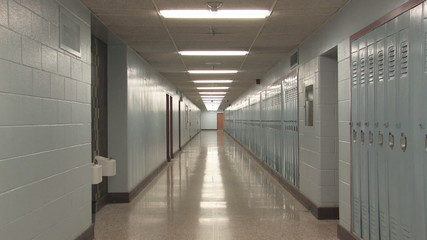 Highschool hallway. Slow zoom.