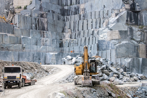 Granite quarry - 51332768