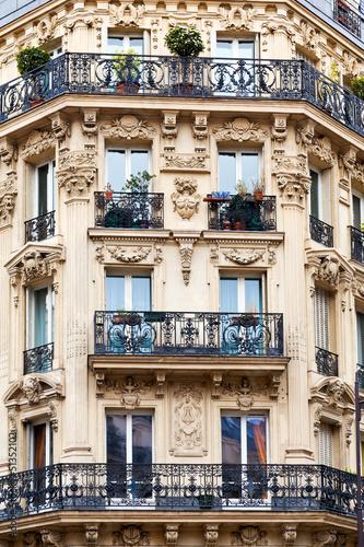 Poster Paris building