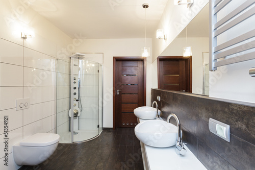Grand design - bathroom interior