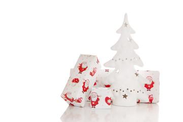 Weihnachtliche Deko in Rot und Weiß