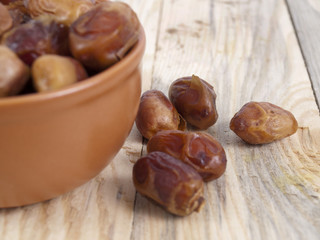 dates on a table