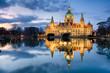 Rathaus Hannover nachts mit Spiegelung im Maschteich - 51397975