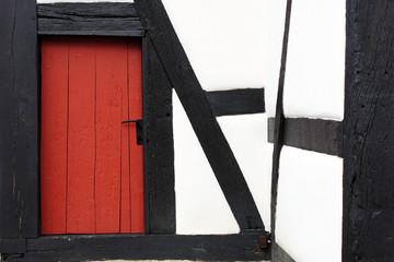 Fachwerkfassade mit Tür