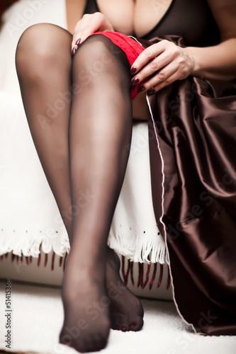 Фото женские ножки в чулочках