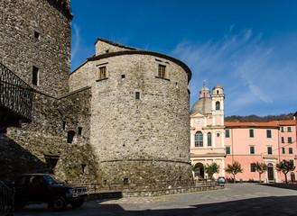 Varese Ligure,borgo rotondo