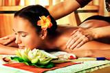 shoulders massage