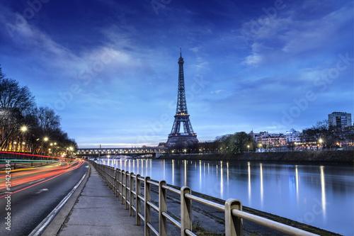 Paryż Wieża Eiffla i Pont Bir-Hakeim