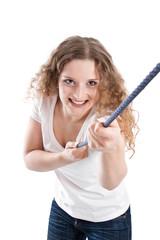 Junge Frau isoliert - mutig, selbstbewusst, stark