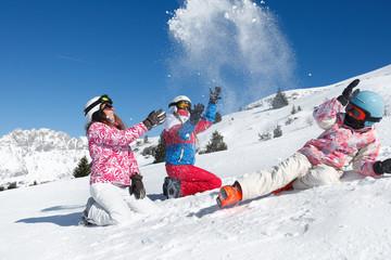 Enfants neige poudreuse