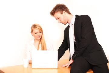 Belästigung am Arbeitsplatz