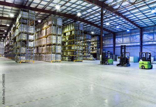 Staande foto Industrial geb. Large warehouse