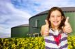 Beide Daumen hoch zum Biogas