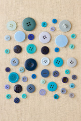 Blue individual buttons on hessian