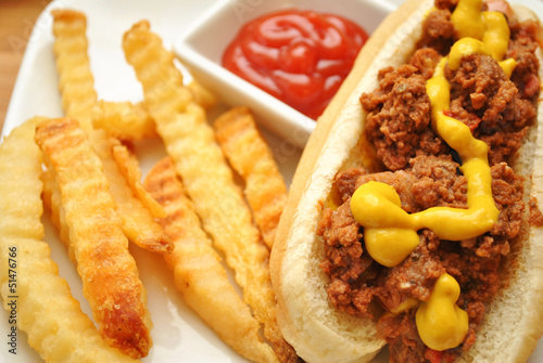 Chilidog with Fries and Condiments