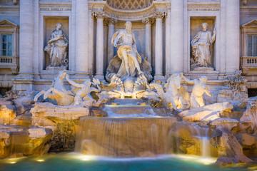 Fontana di Trevi di Notte, Roma