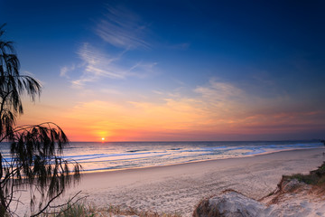 Main Beach at sunrise   (Queensland, Australia)