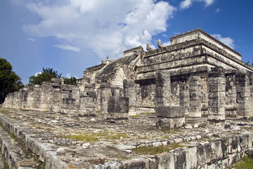 Temple of warriors in Chichen Itza ruins, Mexico