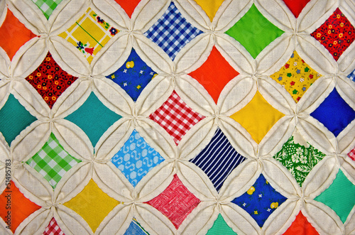 Cathedral Window Quilt pattern - 51495783