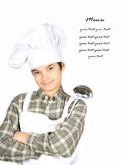Giovane chef con mestolo