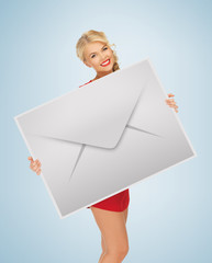 woman showing virtual envelope