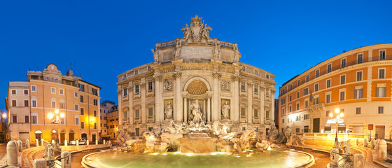 Trevi Fountain, Rome © travelwitness