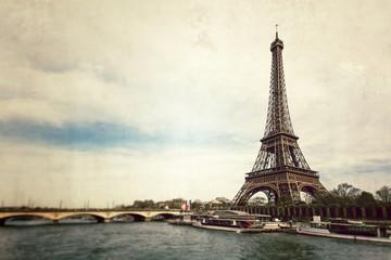 Vue vintage de la Tour Eiffel - Paris - France