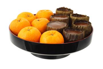 Mandarin Oranges and Rice Cakes