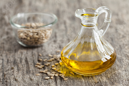 frisches Sonnenblumenkernöl