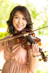 violinist lady
