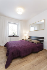 Cosy flat - violet bedroom