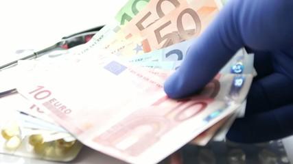 pills and euro money