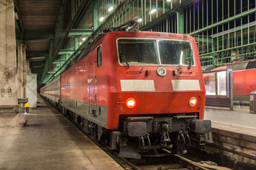 Electric lovomotive with intersity train in Stuttgart station