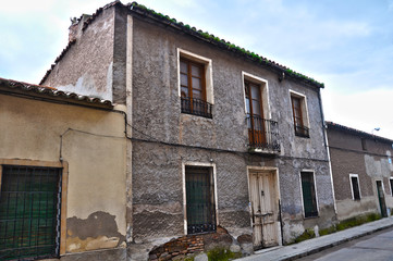 Puertollano, casa deshabitada de dos plantas