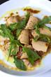 Carpaccio, daurade, foie gras poisson, roquette, salade