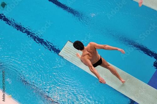 Corsa sul trampolino - 51649597